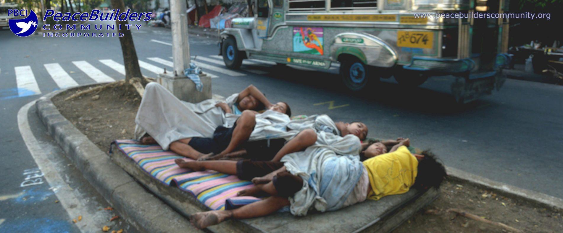 street-children-sleeping-philippines